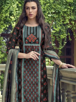 Silk Wedding Pakistani Salwar Suit