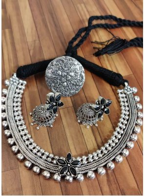 Silver Stone Work Festival Necklace Set