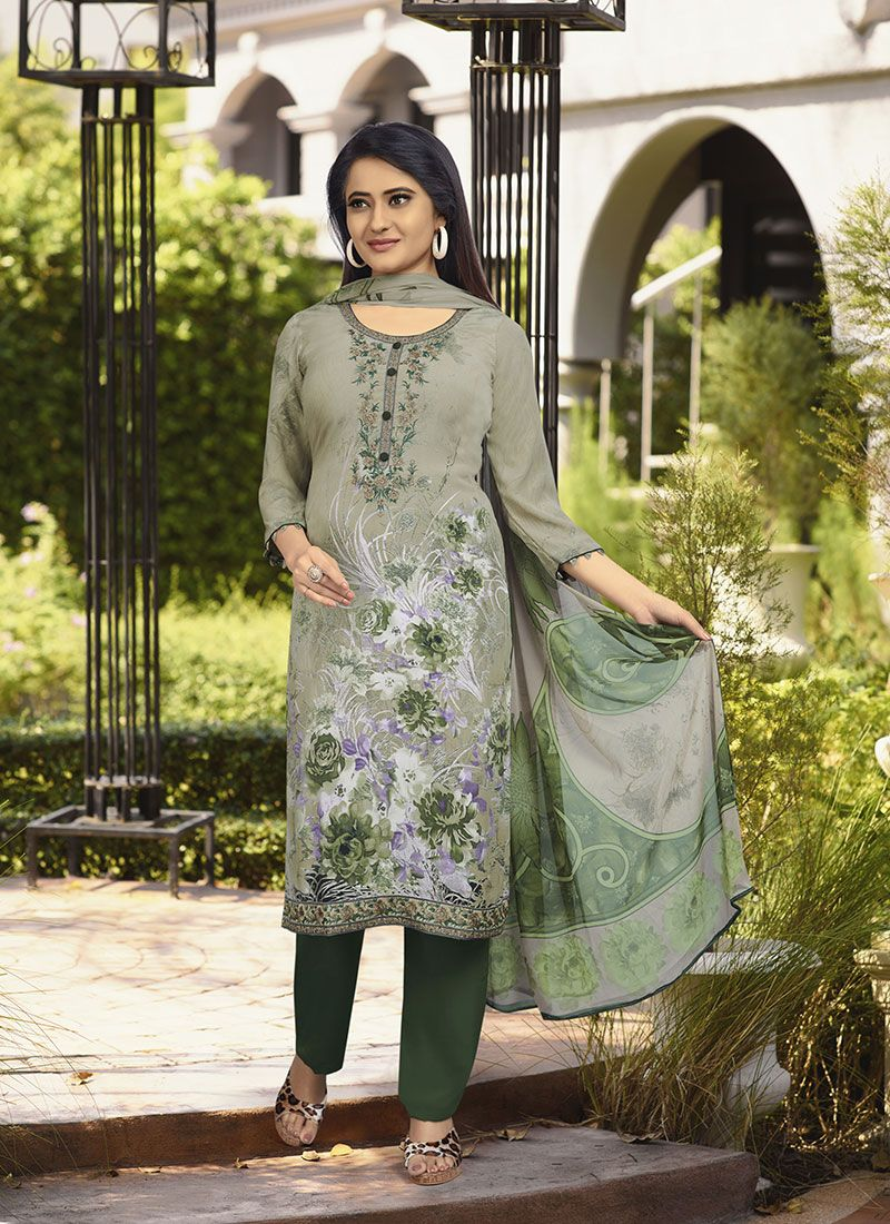 Stone Faux Crepe Trendy Suit in Green
