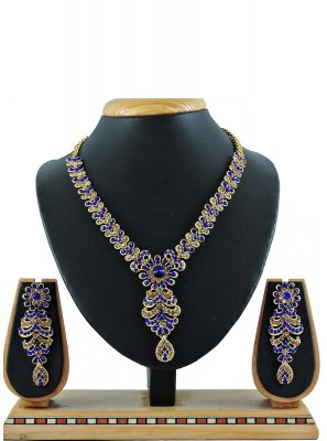 Stone Gold Necklace Set