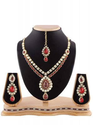 Stone Work Necklace Set in Maroon