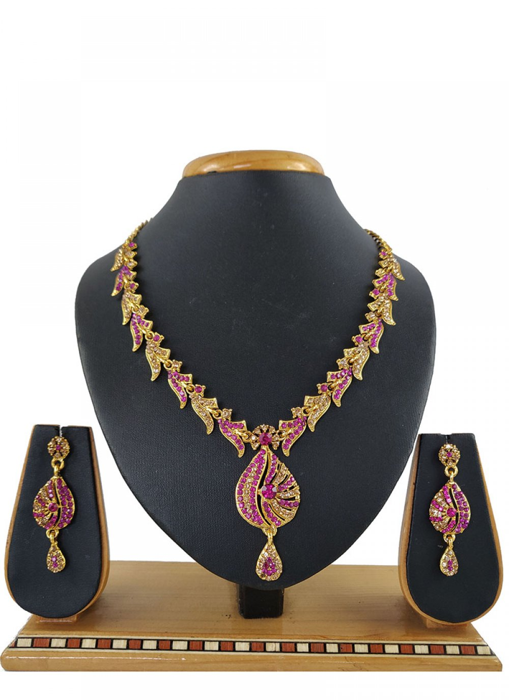 Stone Work Rani Necklace Set