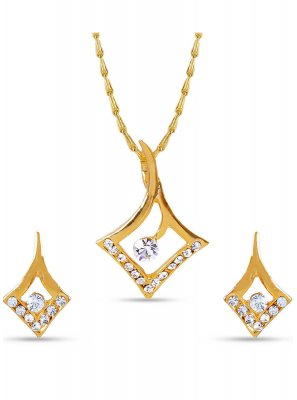 Stone Work White Pendant Set