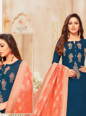 Thread Churidar Salwar Kameez