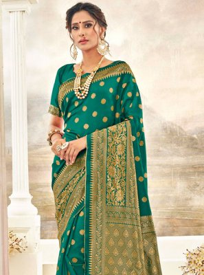 Thread Work Green Traditional Saree