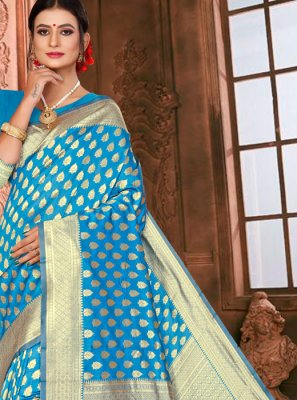 Traditional Saree Weaving Art Silk in Blue