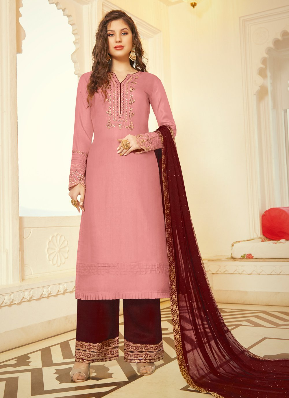 Trendy Salwar Kameez For Reception