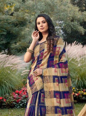 Violet Handloom silk Trendy Saree