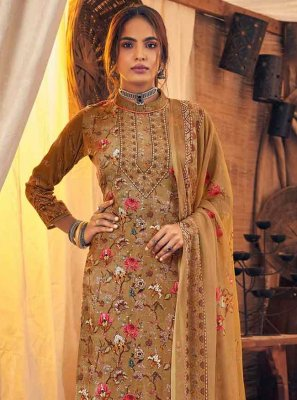 Viscose Gold Digital Print Trendy Salwar Kameez