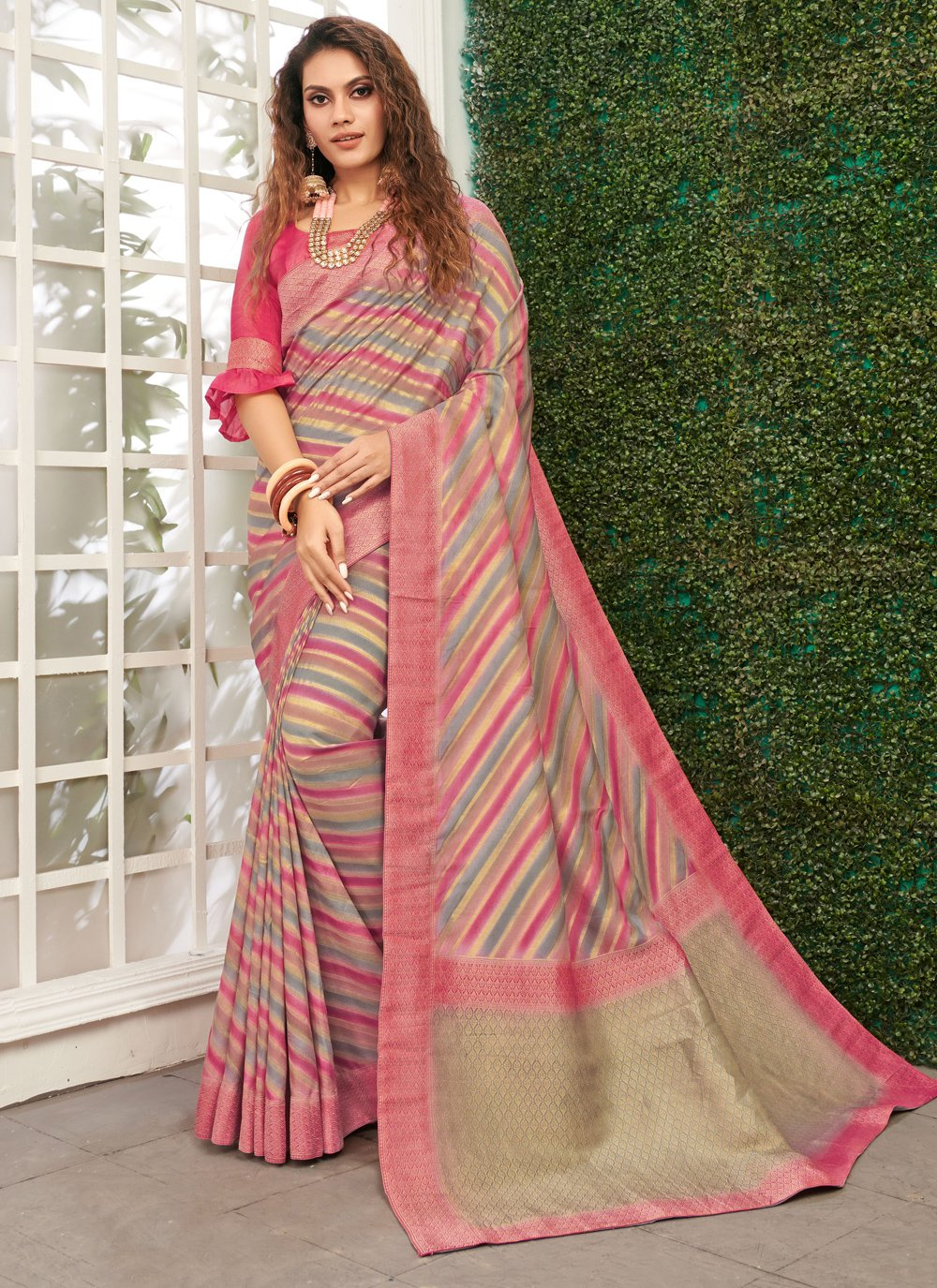Viscose Pink Weaving Classic Saree