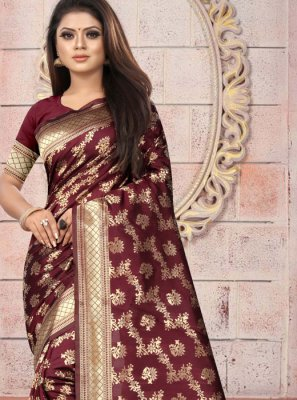 Weaving Art Silk Casual Saree in Maroon