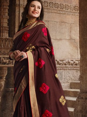 Weaving Art Silk Traditional Saree in Brown