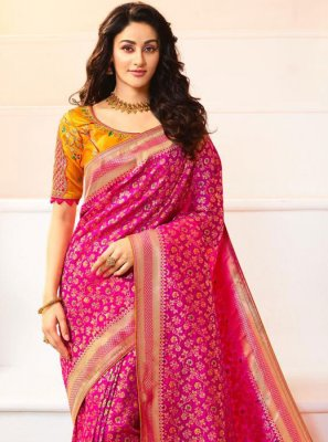 Weaving Banarasi Silk Magenta Classic Saree