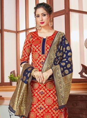 Weaving Banarasi Silk Trendy Salwar Kameez in Red