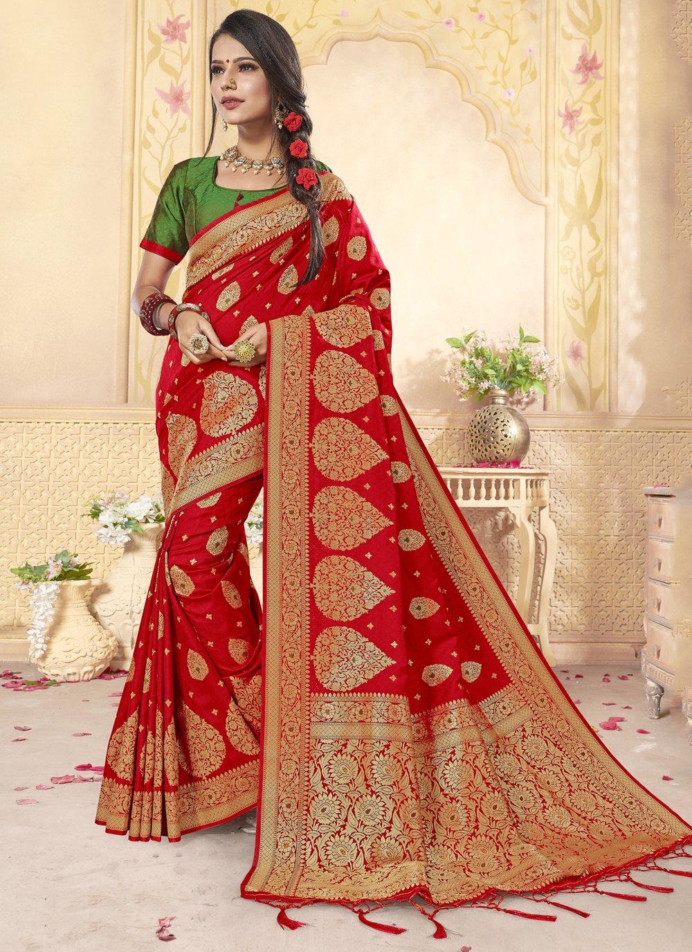 Weaving Classic Saree