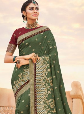 Weaving Contemporary Saree