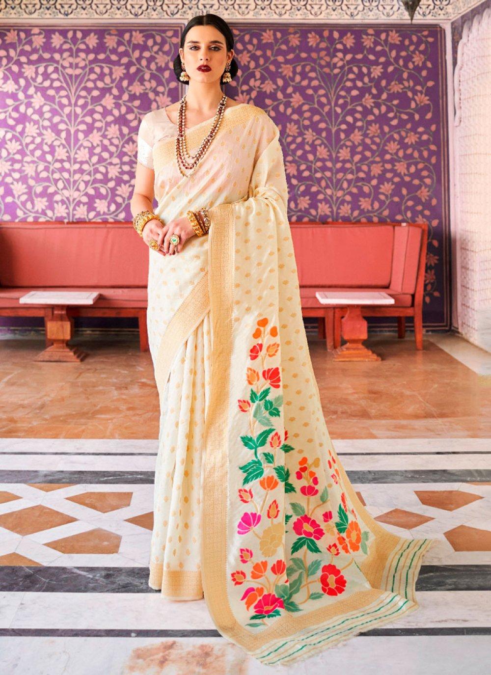 Weaving Cream Handloom silk Traditional Saree