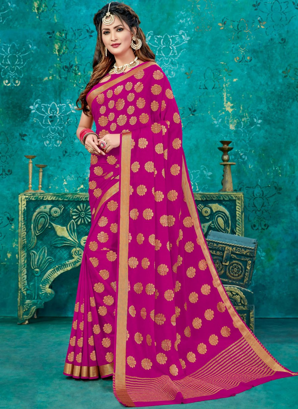 Weaving Crepe Silk Designer Traditional Saree in Magenta