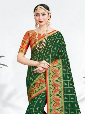 Weaving Green Banarasi Silk Classic Saree