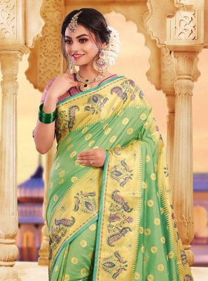 Weaving Green Classic Saree