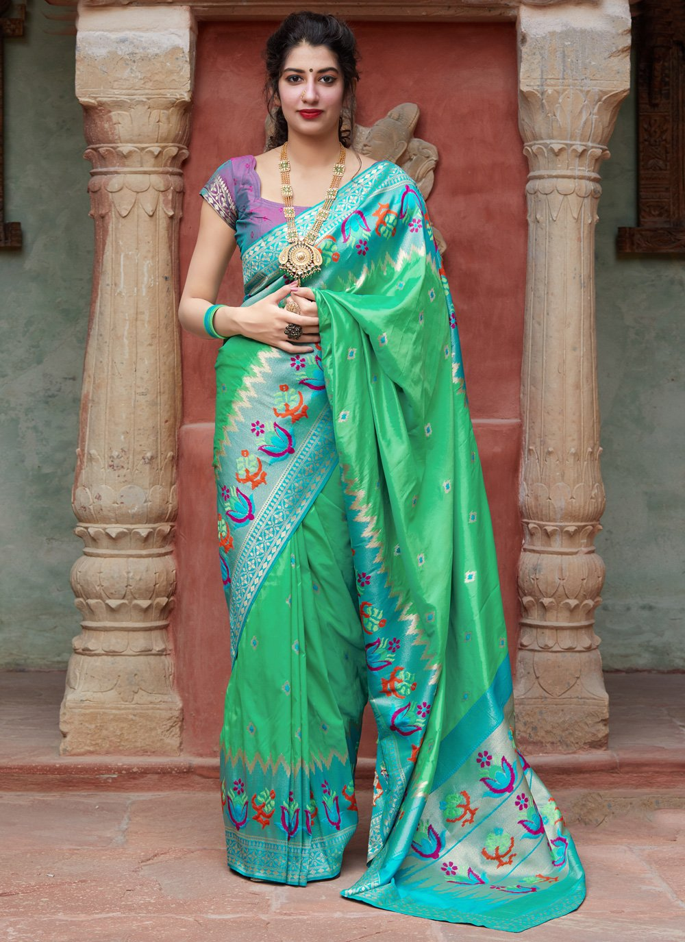 Weaving Green Silk Traditional Designer Saree