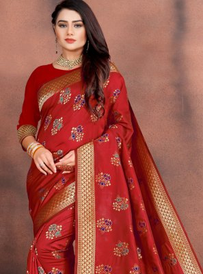 Weaving Red Silk Classic Saree