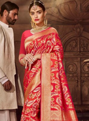 Weaving Red Silk Classic Saree