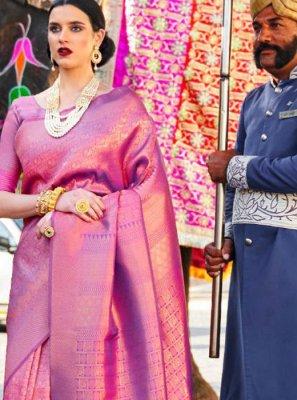 Weaving Silk Classic Saree in Magenta