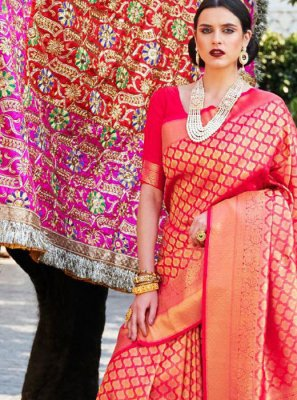 Weaving Silk Classic Saree in Pink
