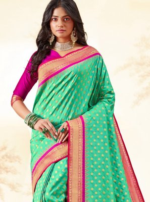 Weaving Silk Traditional Saree