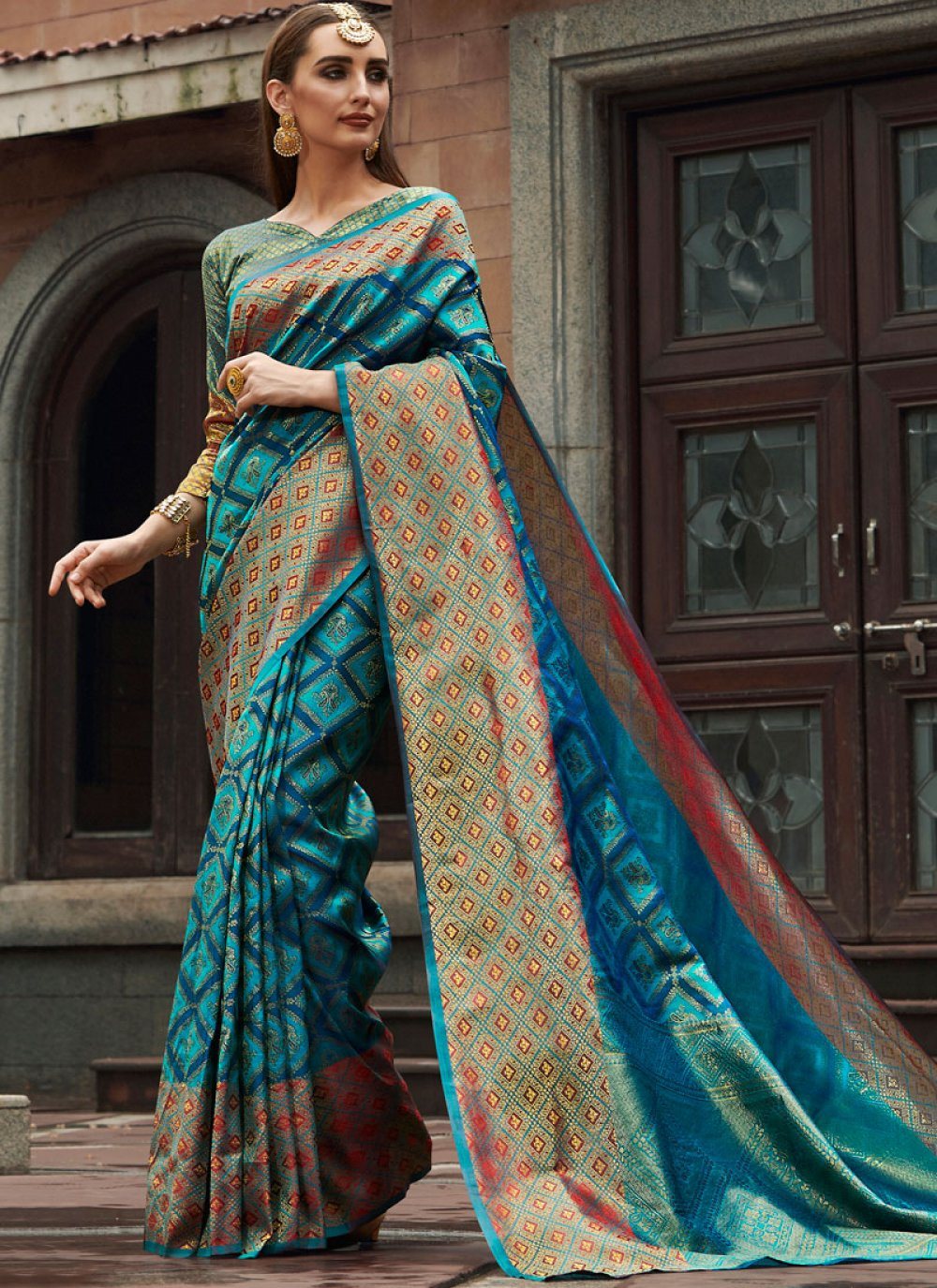 Weaving Silk Traditional Saree in Blue