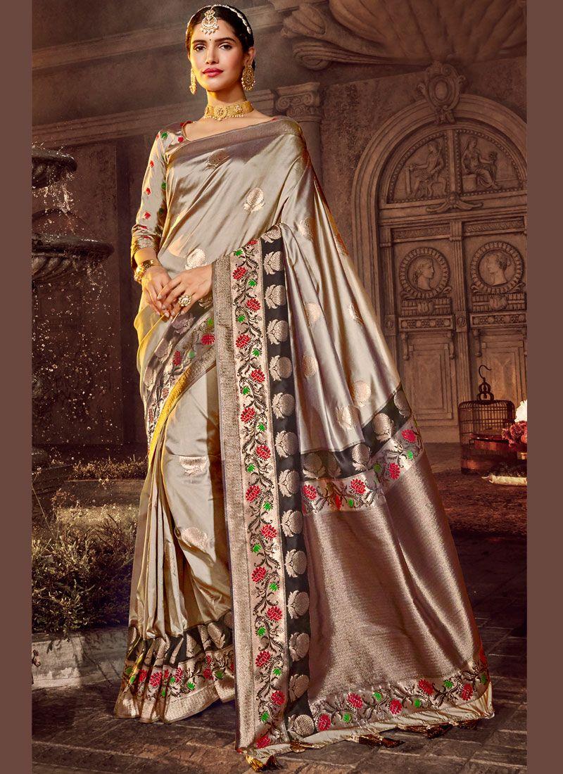 Weaving Silver Silk Saree