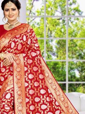 Weaving Wedding Classic Saree