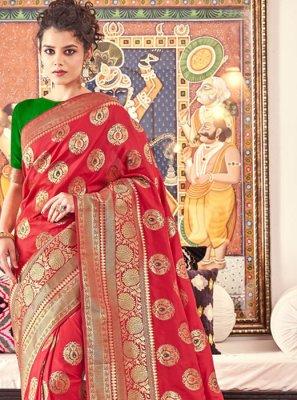 Weaving Wedding Traditional Saree