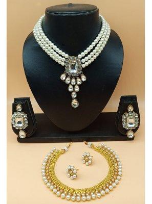 White Stone Work Jewellery Set