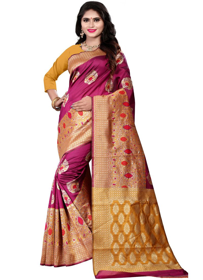 Woven Cotton Silk Traditional Saree in Maroon