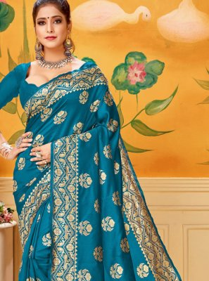 Woven Silk Trendy Saree in Firozi