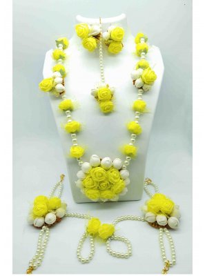 Yellow Color Necklace Set