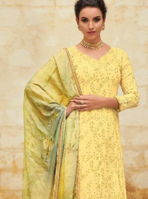 Yellow Georgette Digital Print Salwar Suit