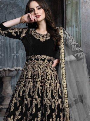 Zari Black Velvet Salwar Suit
