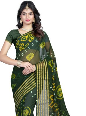 Abstract Print Faux Chiffon Printed Saree in Green