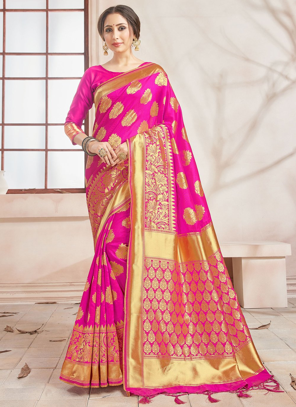 Art Banarasi Silk Woven Traditional Saree in Hot Pink