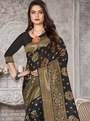Black Art Banarasi Silk Weaving Designer Traditional Saree