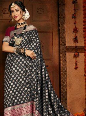 Black Color Traditional Saree