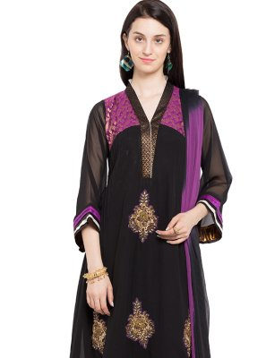Black Embroidered Mehndi Readymade Salwar Kameez