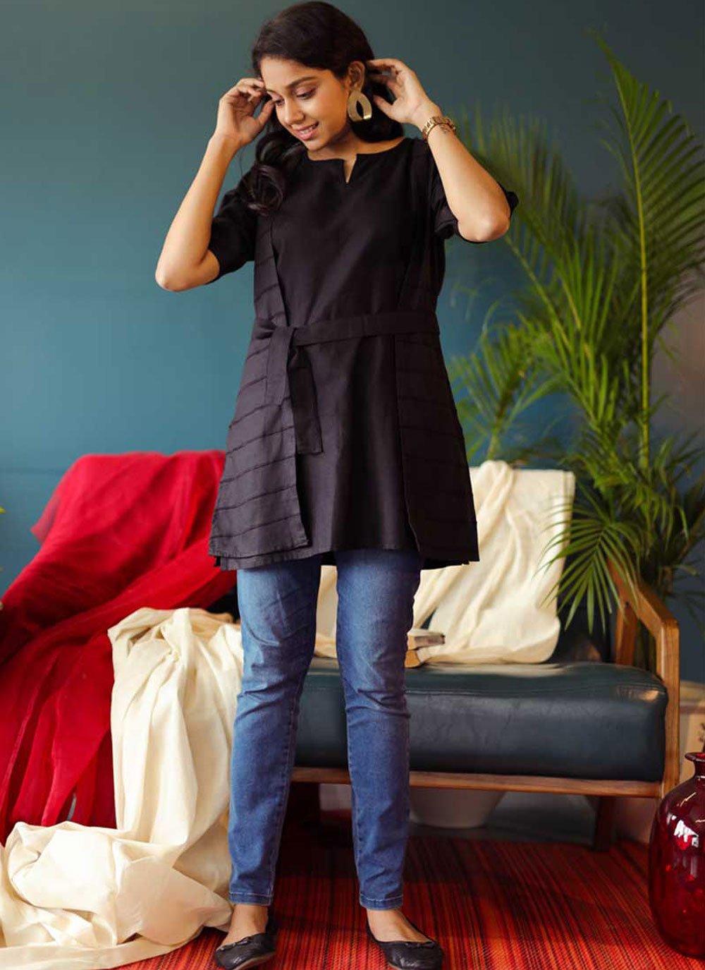Black Plain Cotton Party Wear Kurti