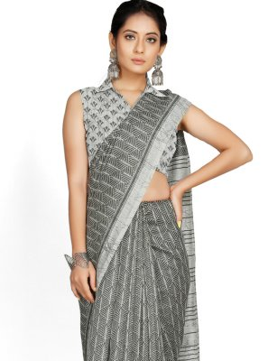 Blended Cotton Grey Printed Casual Saree