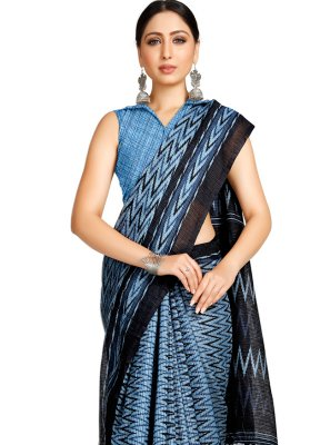 Blended Cotton Printed Casual Saree in Blue