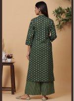 Cotton Print Designer Kurti in Green