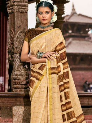 Cream Casual Printed Saree